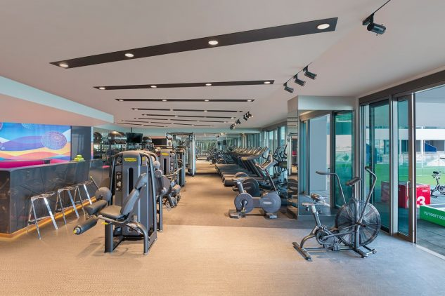 A gymnasium at the W Residences apartments Palm Jumeirah
